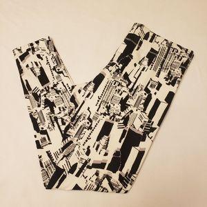 MIXIT NY Skyline Black and White Leggings